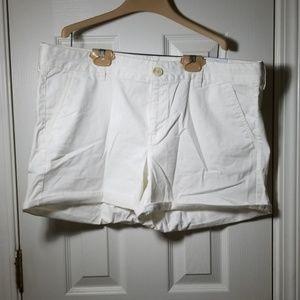 NWT American eagle womens white midi shorts 18